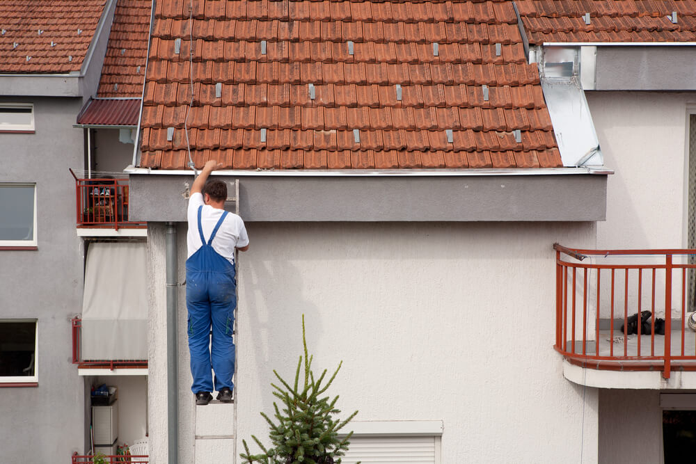 6 Signs You Need Gutter Repair